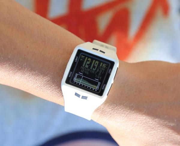 サーフィンに腕時計は必須!おすすめと選ぶポイントはココ